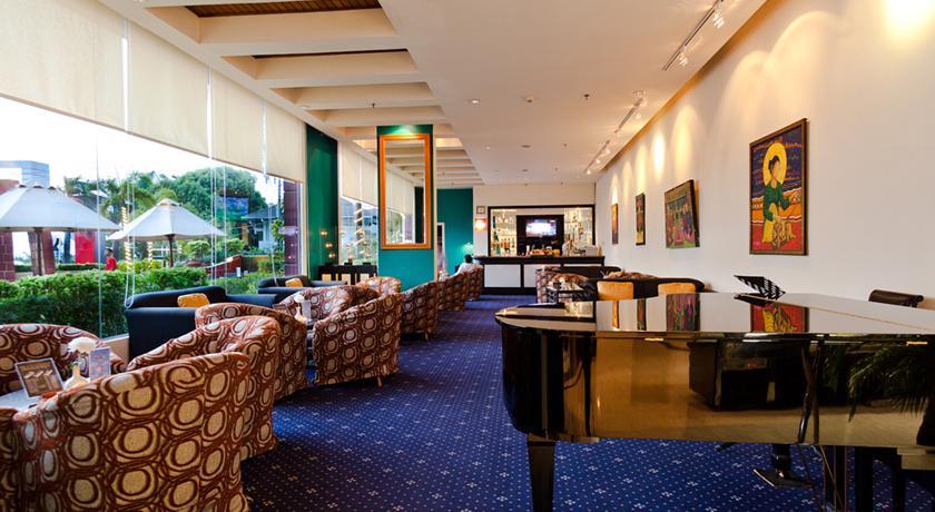 Le Bar Atelier Aryaduta Makassar