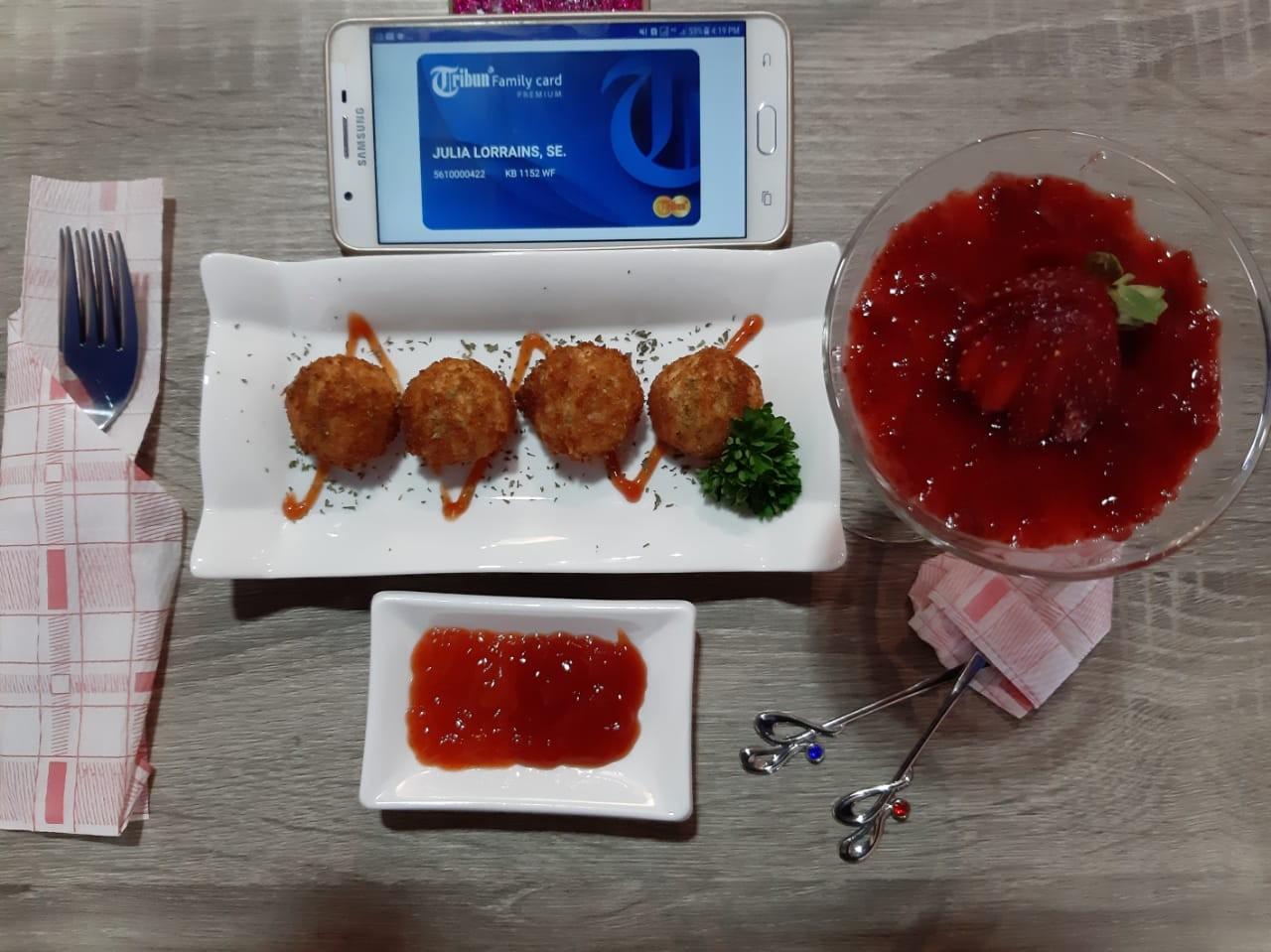Recherche Cafe Tandatangani Mou Merchant TFC Premium Bersama Tribun Pontianak
