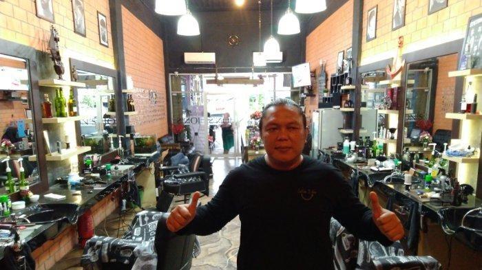 HUT ke-2, Jon's Barbershop Sebulan Layani 900 Konsumen